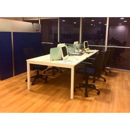 Mesa de trabajo 6 personas...